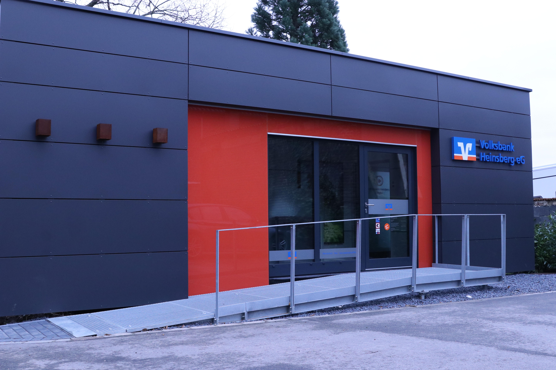 Volksbank Heinsberg eG, Filiale Kirchhoven, Waldfeuchter Straße 207, 52525 Heinsberg